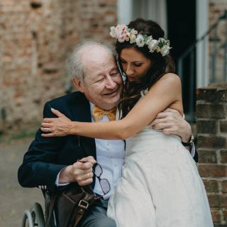Behind every great daughter is a truly AMAZING DAD🤍 #destinationwedding #realwedding #lovedad #weddingphotographer #weddingphotographynrw #authenticwedding #soulmate #bohobride